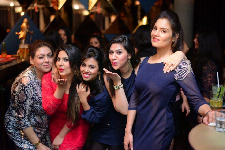 Dee, Sidhi, Deepti , Akshita , Rishu